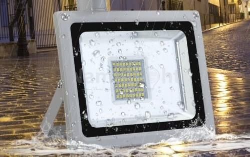 پروژکتور ال ای دی IP65